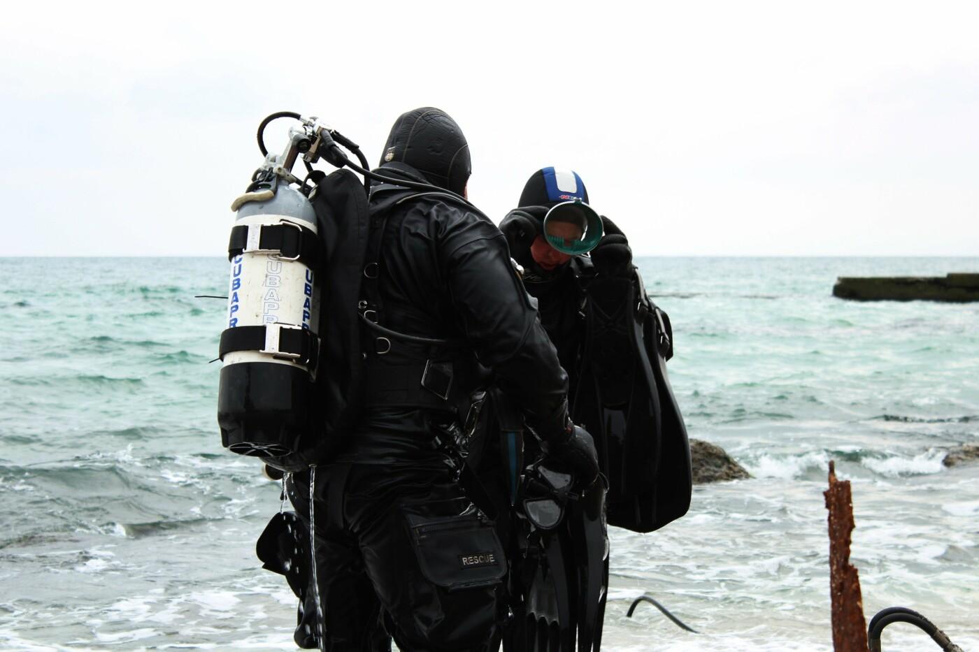Горы метала и битое стекло: водолазы чистят дно одесских пляжей, - ФОТО, ВИДЕО , фото-5