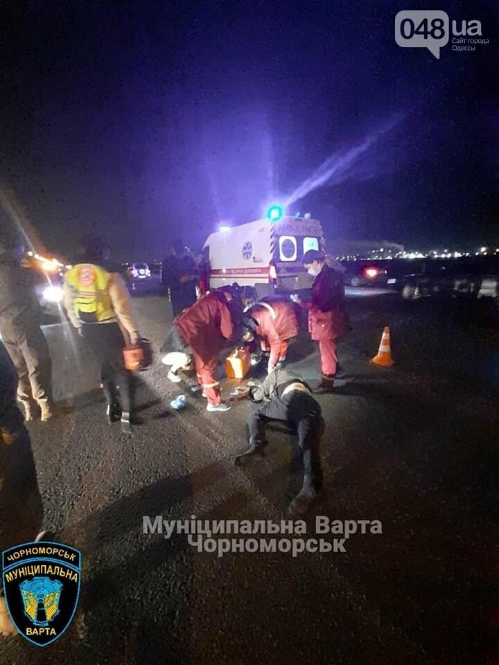 Госпитализировали в тяжелом состоянии: под Одессой сбили пешехода, - ФОТО, фото-3