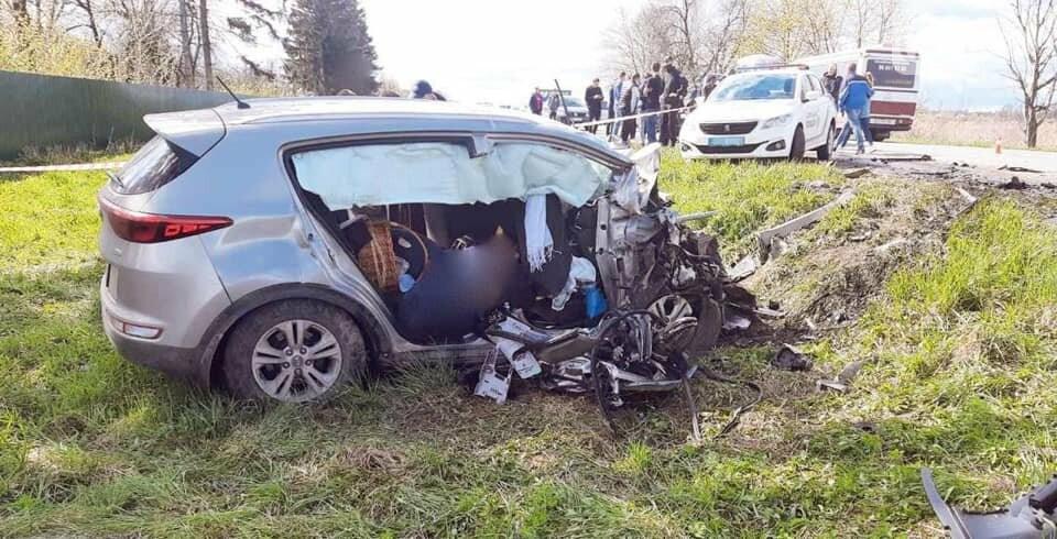 Лобовое столкновение с автобусом: двое одесситов погибли на Прикарпатье, - ФОТО, ВИДЕО , фото-3