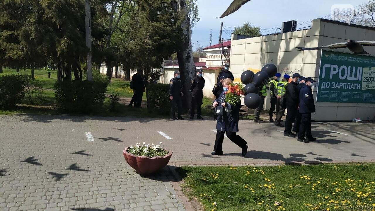 2 мая в Одессе:  как на Куликово поле чтили погибших в Доме профсоюзов, - ФОТО, фото-6