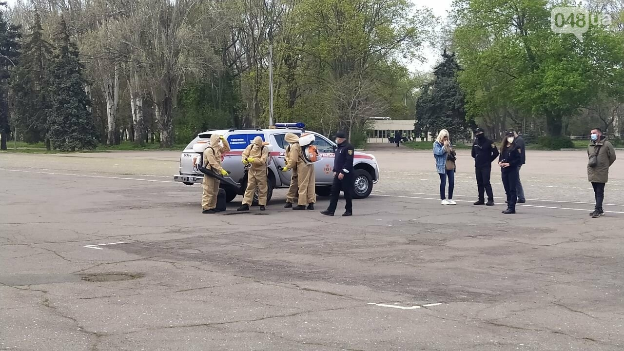 2 мая в Одессе:  как на Куликово поле чтили погибших в Доме профсоюзов, - ФОТО, фото-11