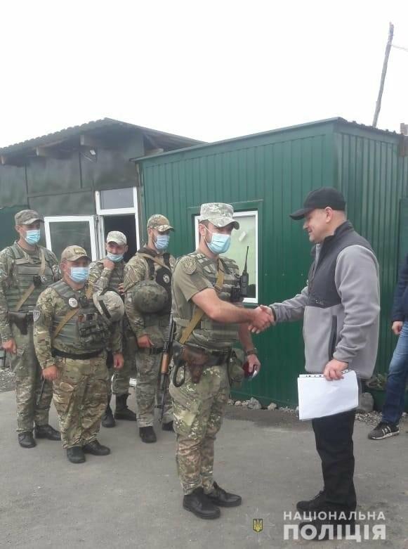 """Руководитель полиции проведал одесситов из """"Шторма"""", которые служат на блокпостах в Мариуполе,- ФОТО, фото-3"""