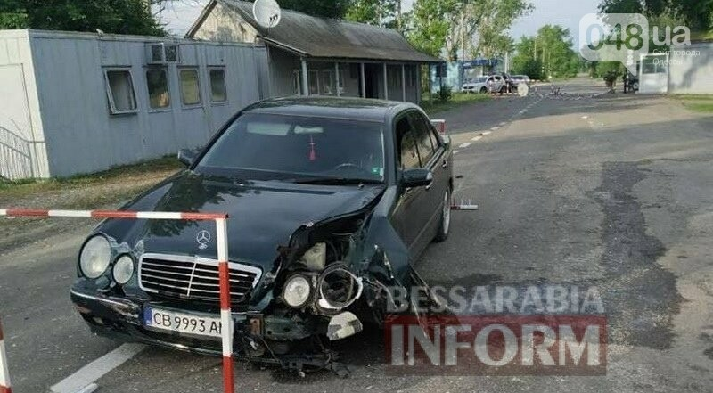 Пьяный сотрудник Измаильского отдела полиции разнёс пограничный пункт пропуска в Болградском районе,- ФОТО, фото-1