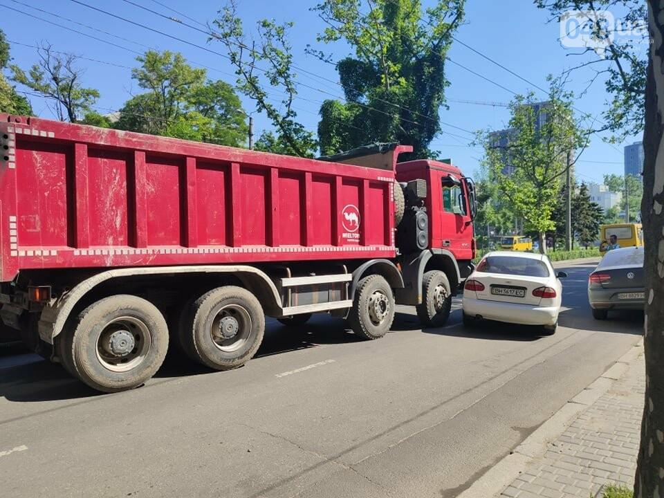 В Одессе на 5 станции из-за ДТП образовалась огромная пробка,- ФОТО, ВИДЕО, фото-1