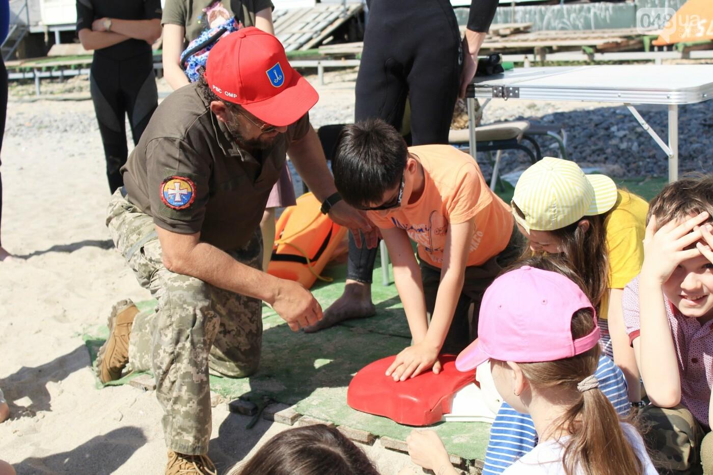 Школьники спасали утопающих: на Ланжероне в Одессе провели учения, - ФОТО, ВИДЕО , фото-4
