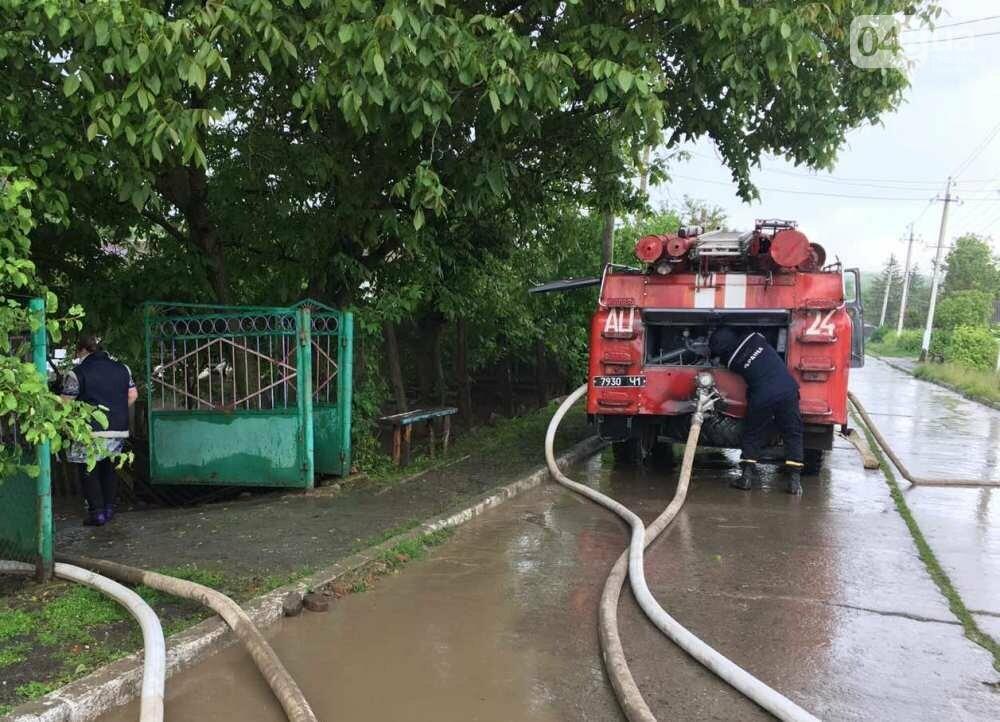 Дворы ушли под воду: в Одесской области дождевой водой затопило село, - ФОТО, фото-4
