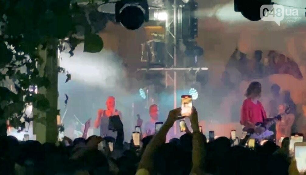 Дорофеева, плохой звук и любовь к фанатам: как прошёл концерт Скриптонита в Одессе, - ФОТО, ВИДЕО  , фото-12