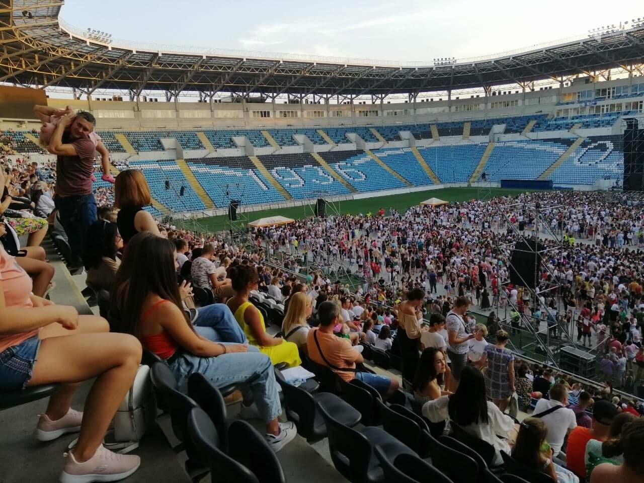 Монатик на стадионе спел все песни об Одессе, - ФОТО, ВИДЕО, фото-6