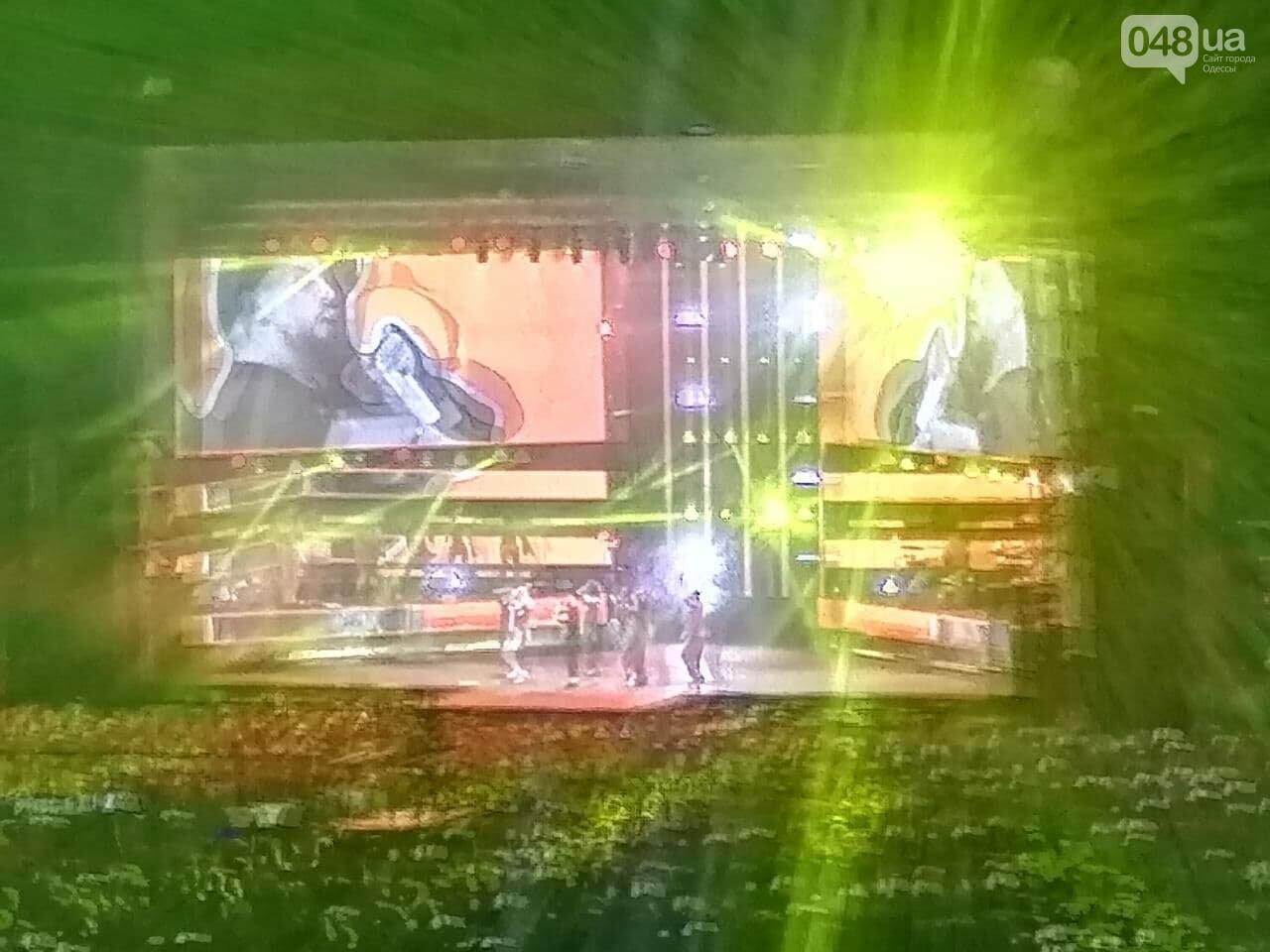 Монатик на стадионе спел все песни об Одессе, - ФОТО, ВИДЕО, фото-10