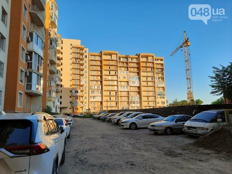 Четыре года без воды: в Одессе застройщик обманул покупателей квартир, - ФОТО, ВИДЕО , фото-1