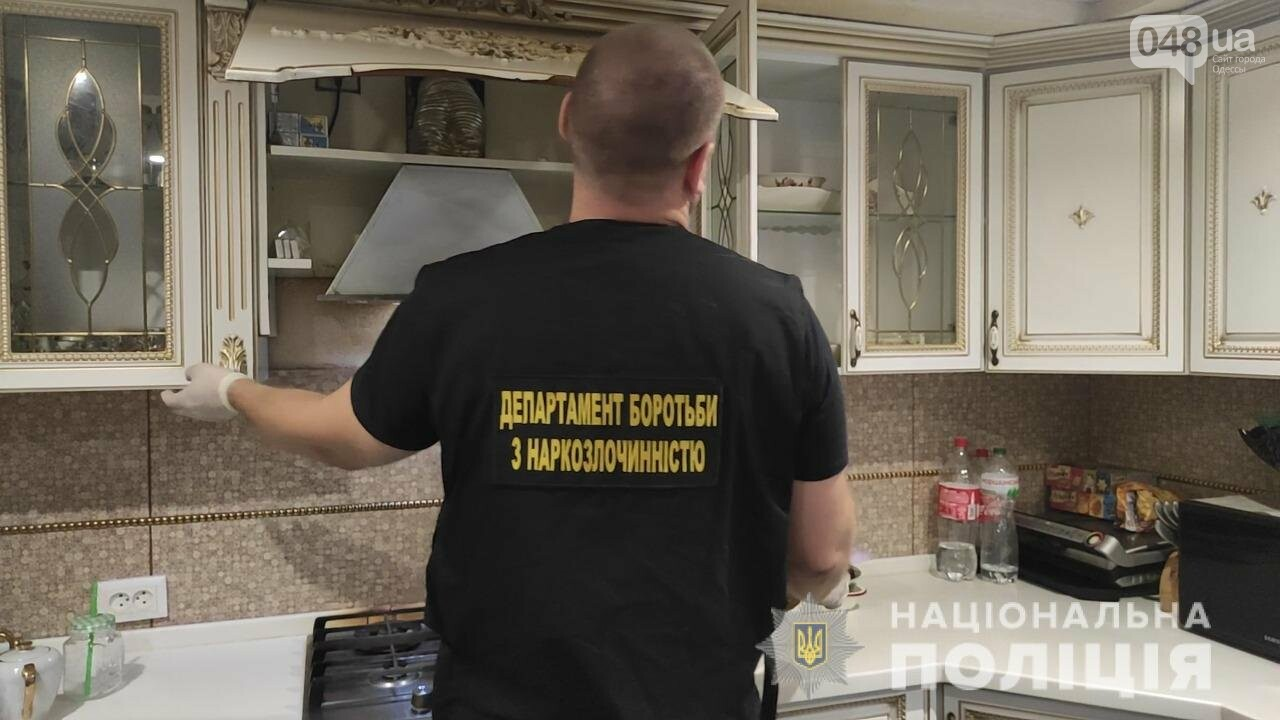 Спецоперация: одесские силовики провели задержание наркодилеров, - ФОТО, ВИДЕО , фото-4