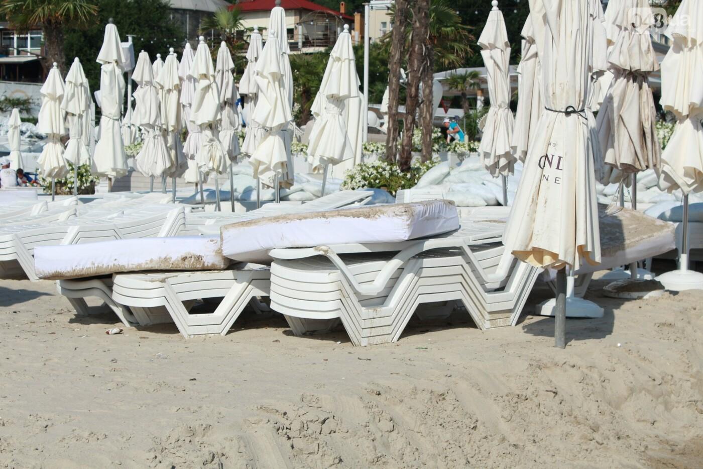 Часть одесской Аркадии буквально смыло в море, - ФОТО, ВИДЕО , фото-35