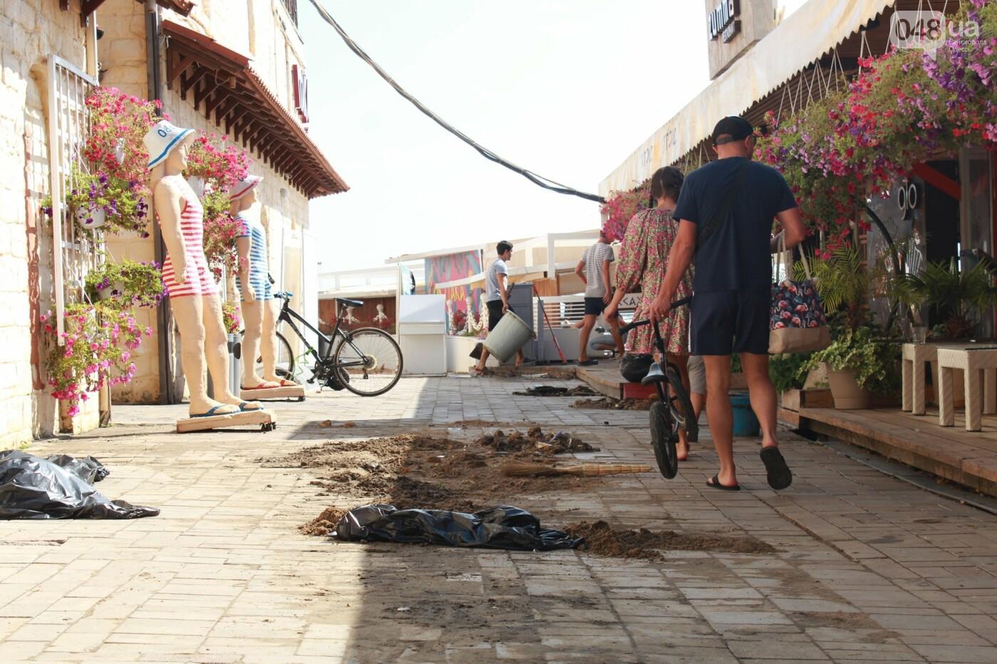 Часть одесской Аркадии буквально смыло в море, - ФОТО, ВИДЕО , фото-34