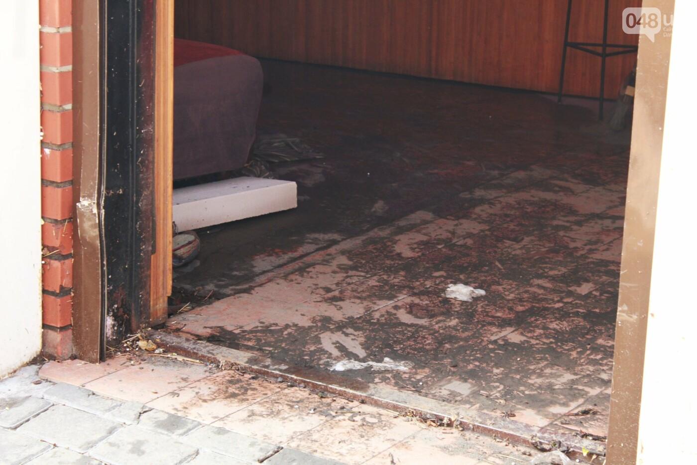 Часть одесской Аркадии буквально смыло в море, - ФОТО, ВИДЕО , фото-18
