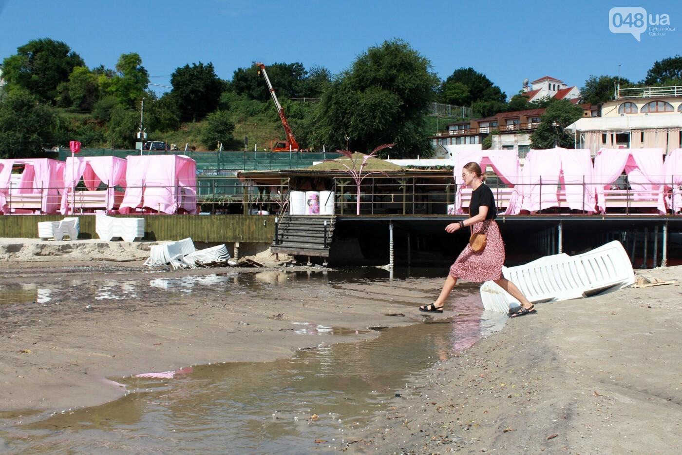 Часть одесской Аркадии буквально смыло в море, - ФОТО, ВИДЕО , фото-58