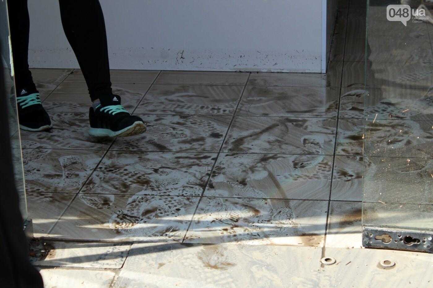 Часть одесской Аркадии буквально смыло в море, - ФОТО, ВИДЕО , фото-13