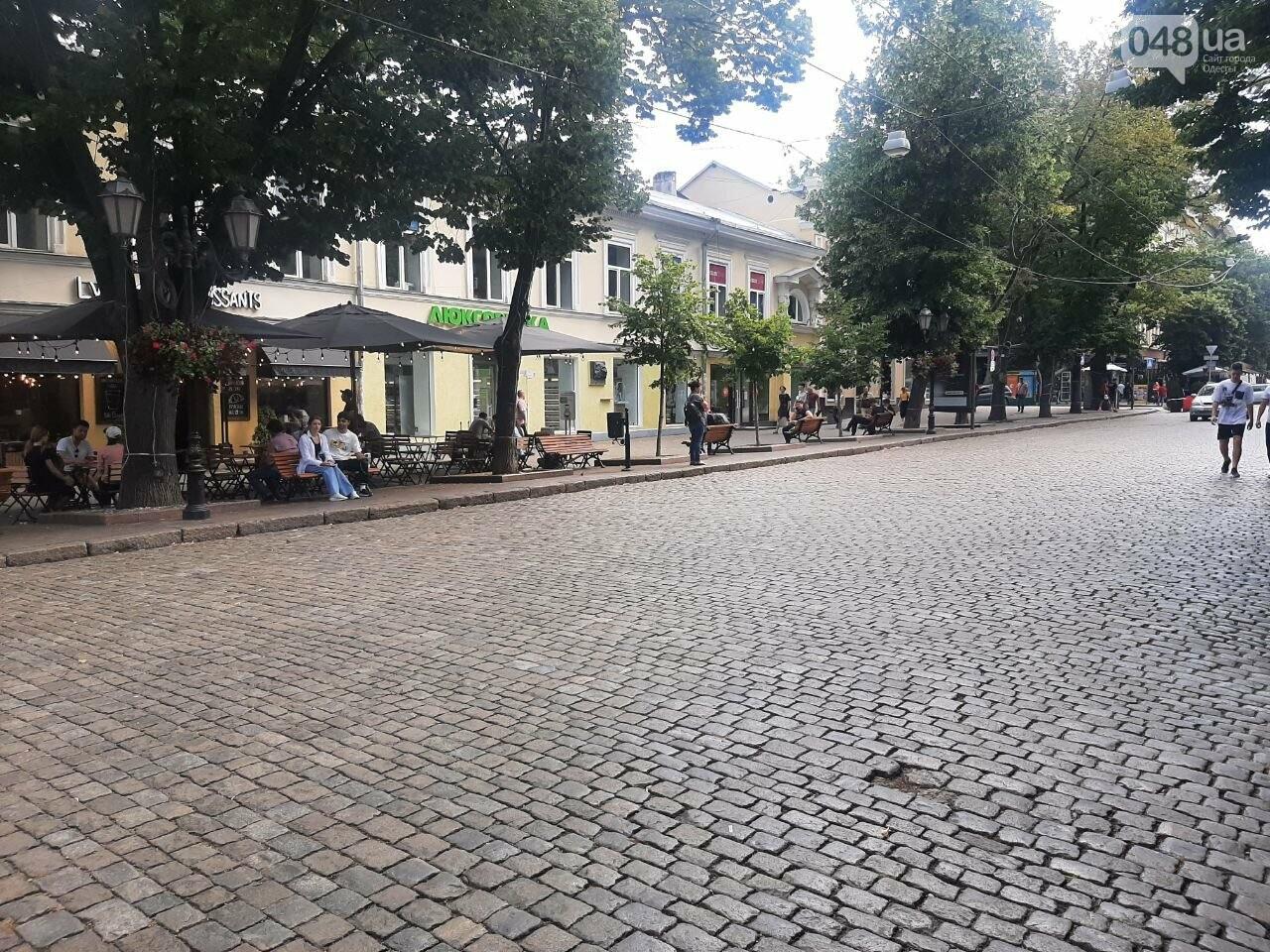 Дерибасовская после ливня в Одессе, - ФОТО, ВИДЕО, фото-16