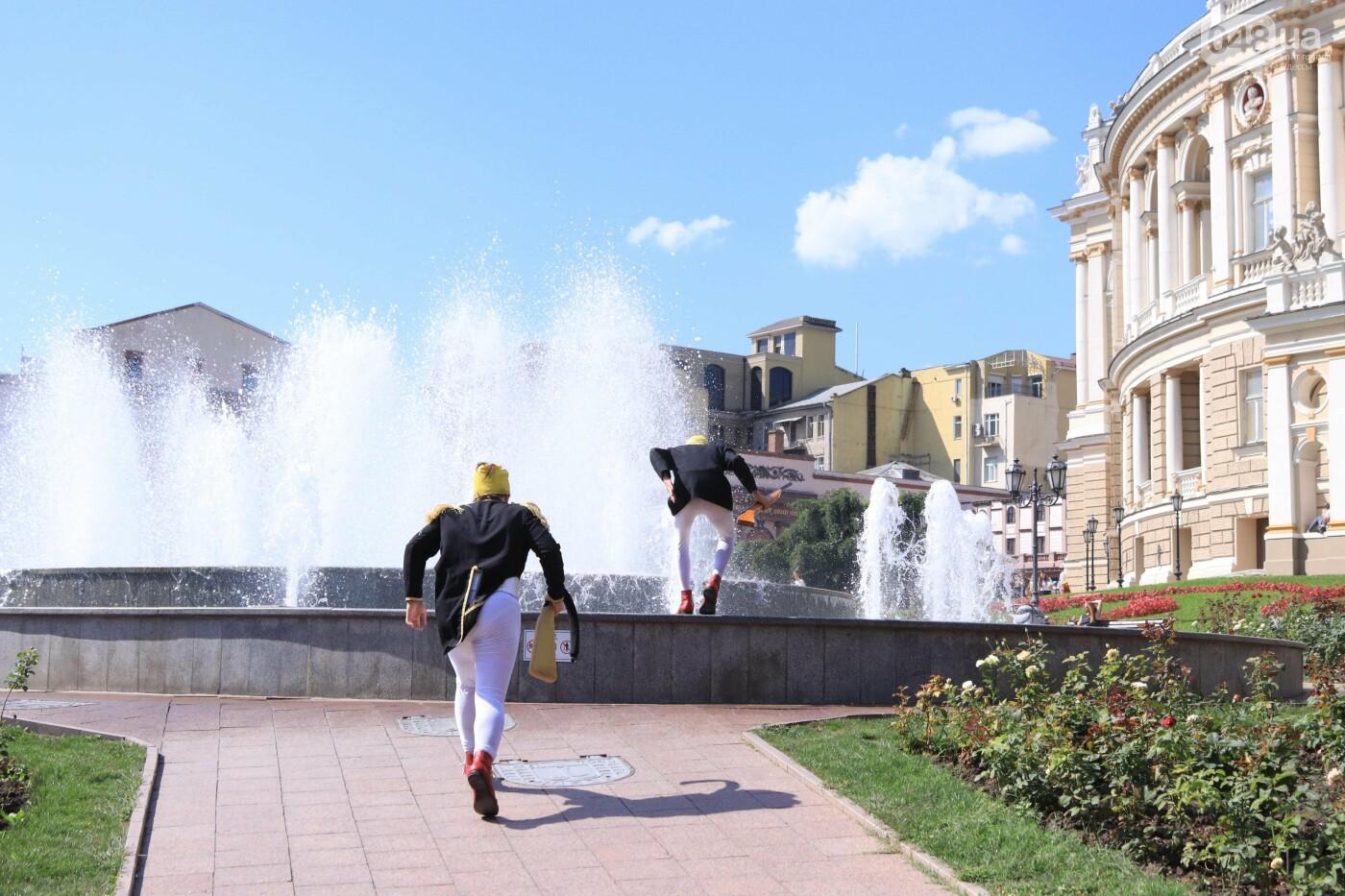 Парад клоунов в Одессе: яркая колонна шла от Дюка в Горсад, - ФОТО, ВИДЕО, СТРИМ, фото-13