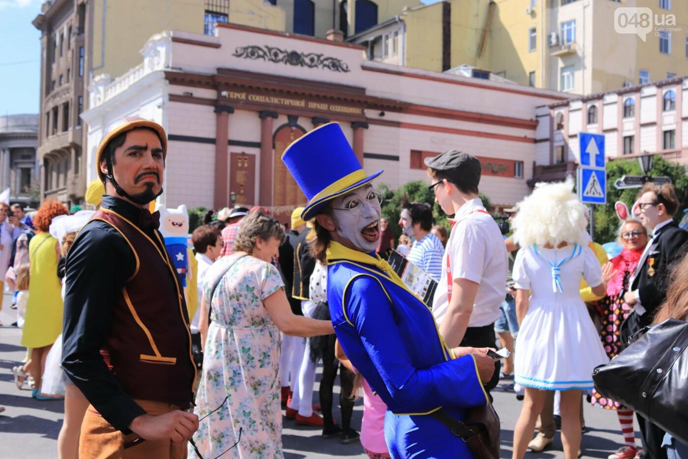 Парад клоунов в Одессе: яркая колонна шла от Дюка в Горсад, - ФОТО, ВИДЕО, СТРИМ, фото-7
