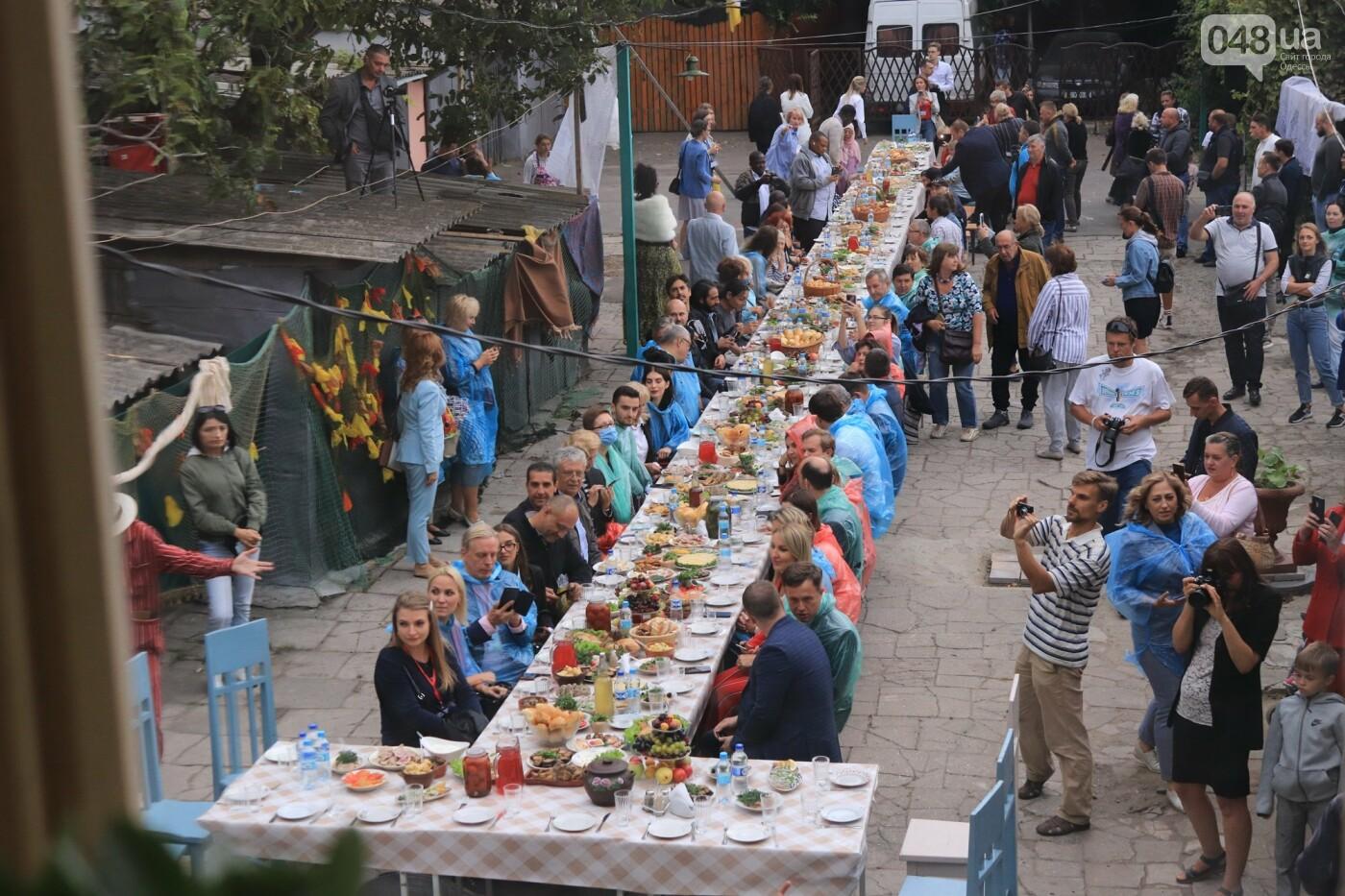 Одесситы гуляли день рождения Мамы в День города, - ФОТОРЕПОРТАЖ, ВИДЕО  , фото-16