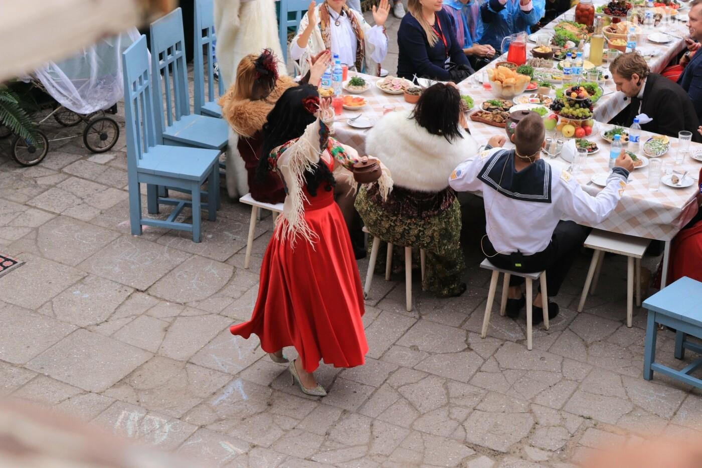 Одесситы гуляли день рождения Мамы в День города, - ФОТОРЕПОРТАЖ, ВИДЕО  , фото-23