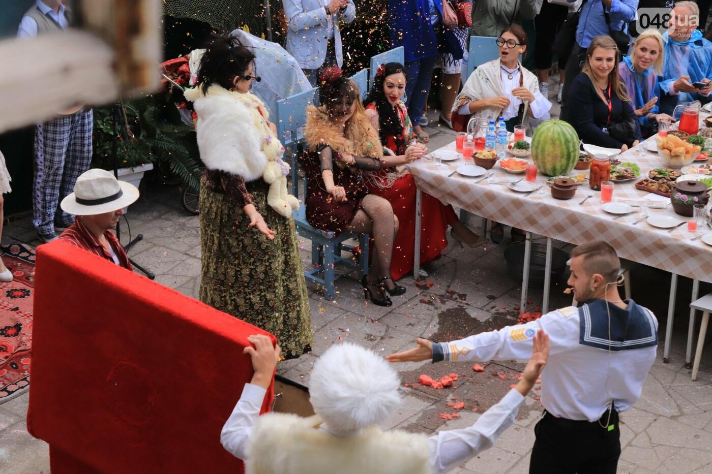 Одесситы гуляли день рождения Мамы в День города, - ФОТОРЕПОРТАЖ, ВИДЕО  , фото-28