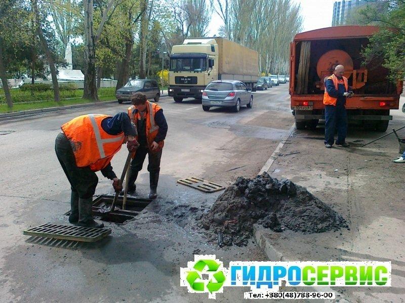 Чистка наружной ливневой канализации в Одессе, фото-3