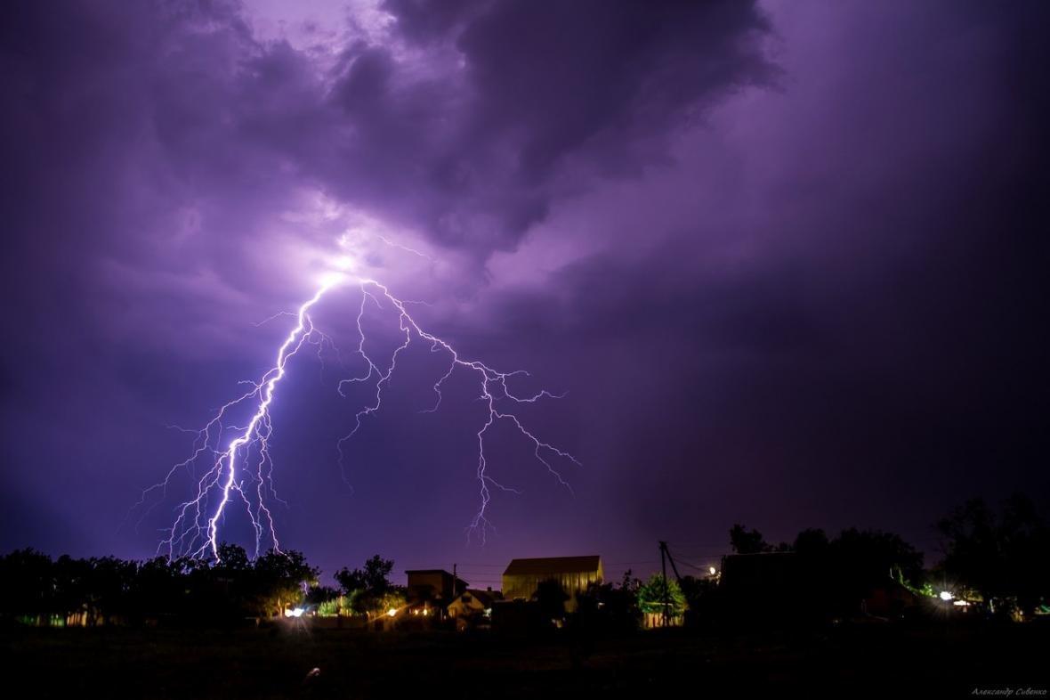Впечатляет: как по Одессе молнии лупили (ФОТО), фото-8