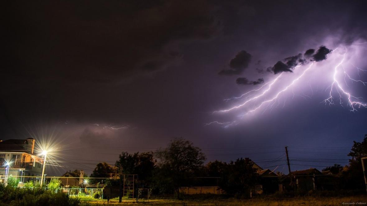 Впечатляет: как по Одессе молнии лупили (ФОТО), фото-7