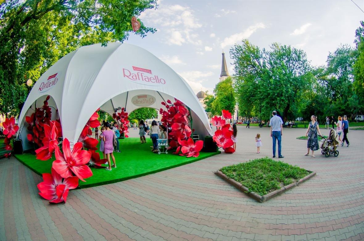 На Соборной площади появилась романтическая аллея, фото-2