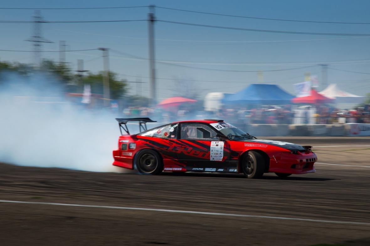Дым и рев гонки: одесских дрифтеров испытали на скорость (ФОТО), фото-3