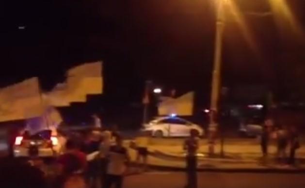 В Одессе ночью рейдеры перекрыли проезд и провоцировали копов (ФОТО), фото-2