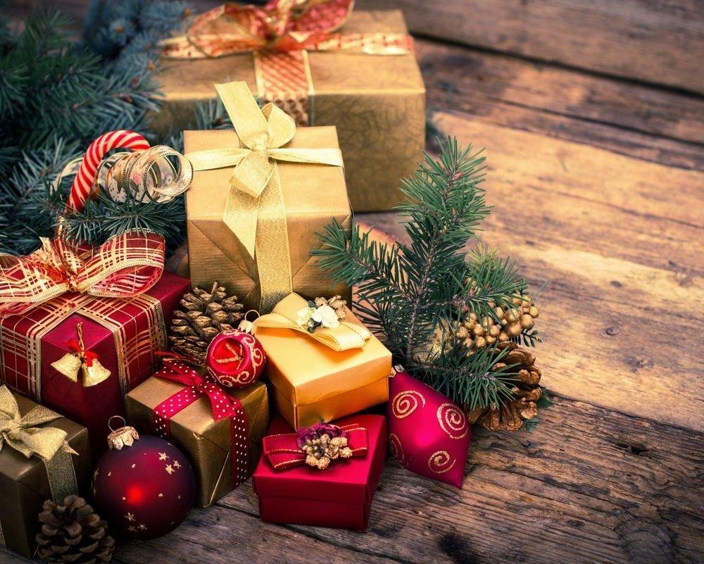 6a356c5303de Угодить сложно, но нет ничего невозможного. Мы подготовили 5 идей подарков  к Новому году, которым будет рада каждая девушка.