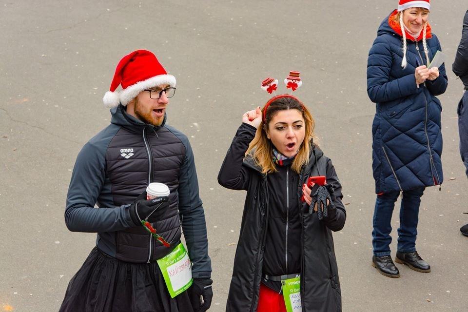 Забегом по похмелью: одесситы устроили новогодний забег на 2019 метров, - ФОТО, фото-4