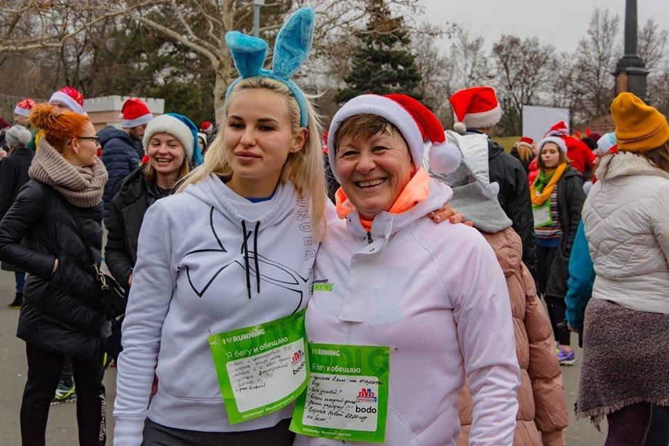 Забегом по похмелью: одесситы устроили новогодний забег на 2019 метров, - ФОТО, фото-6