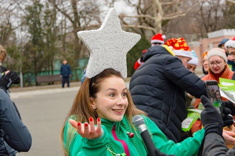 Забегом по похмелью: одесситы устроили новогодний забег на 2019 метров, - ФОТО, фото-43