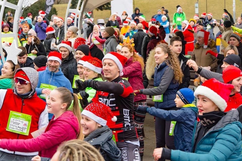 Забегом по похмелью: одесситы устроили новогодний забег на 2019 метров, - ФОТО, фото-14