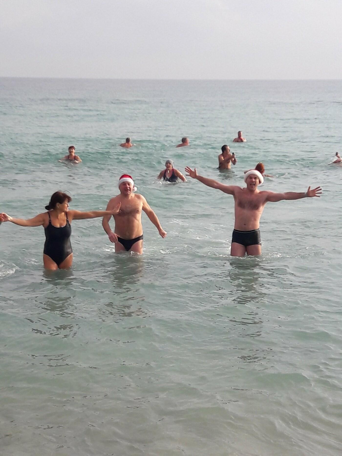 Одесситы отметили Рождество купанием в море, - ФОТО, фото-3