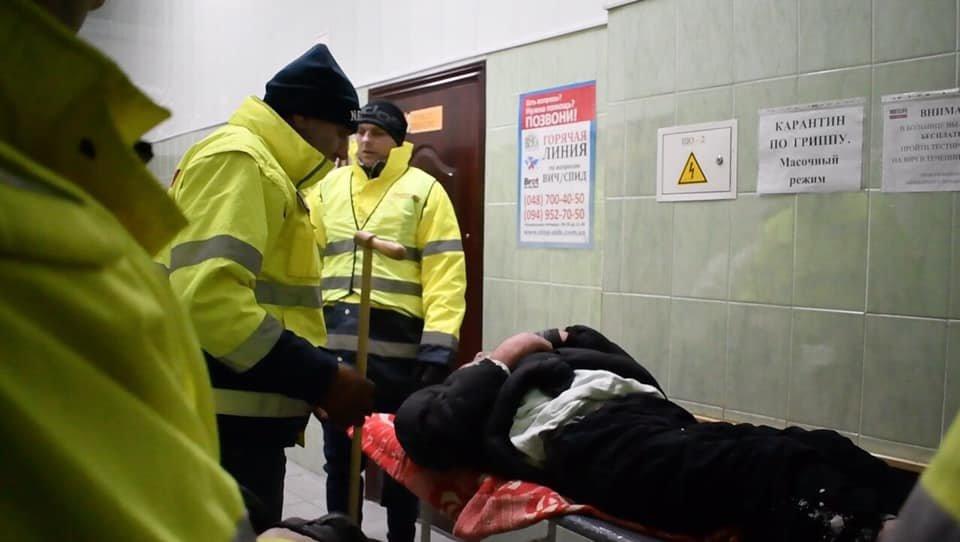 На Рождество в Одессе возле церкви едва до смерти не замерз бездомный, - ФОТО, фото-5