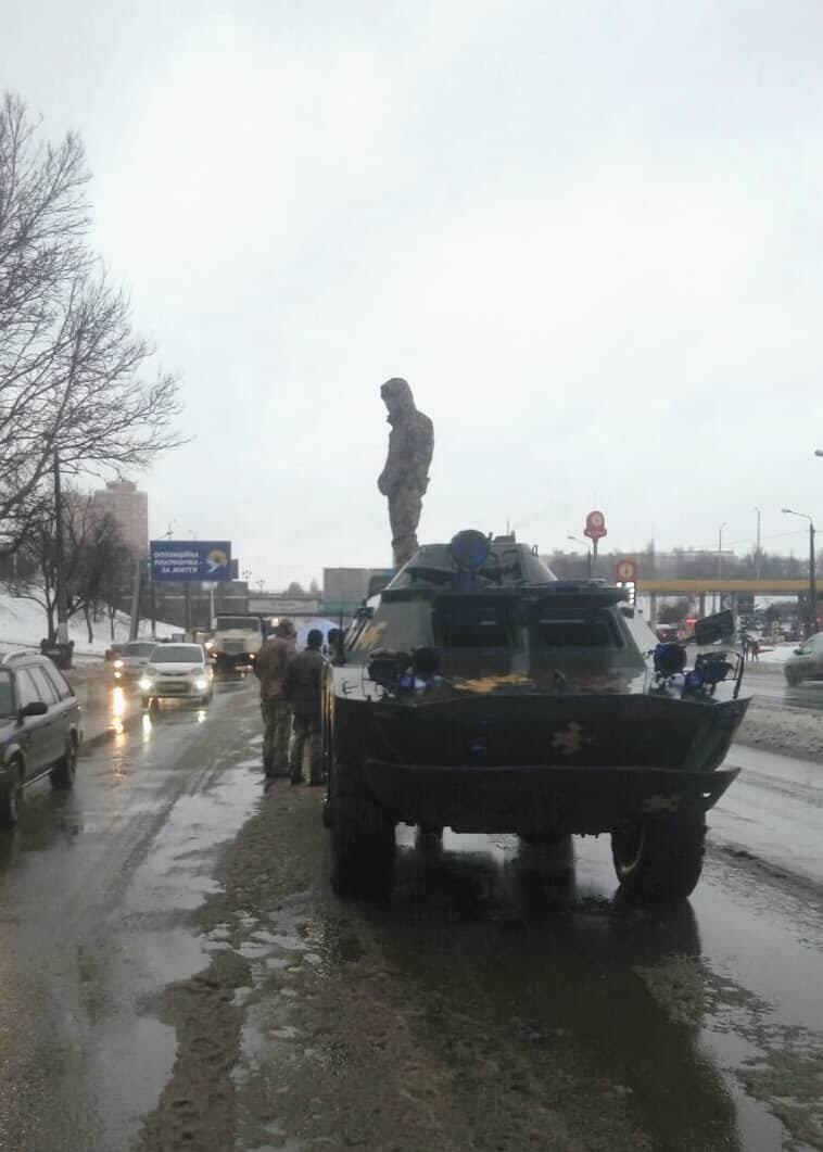 Появились фото с мета аварии с участием БРДМ ВСУ в Одессе, - ФОТО, фото-2, Фото: Патрульная полиция