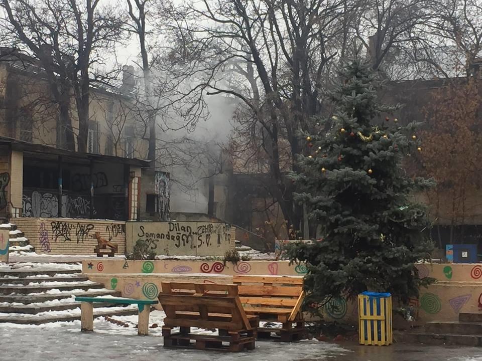 В Одессе едва не сгорел Летний театр, - ФОТО, ВИДЕО, фото-1, Фото: Алексей Костржицкий