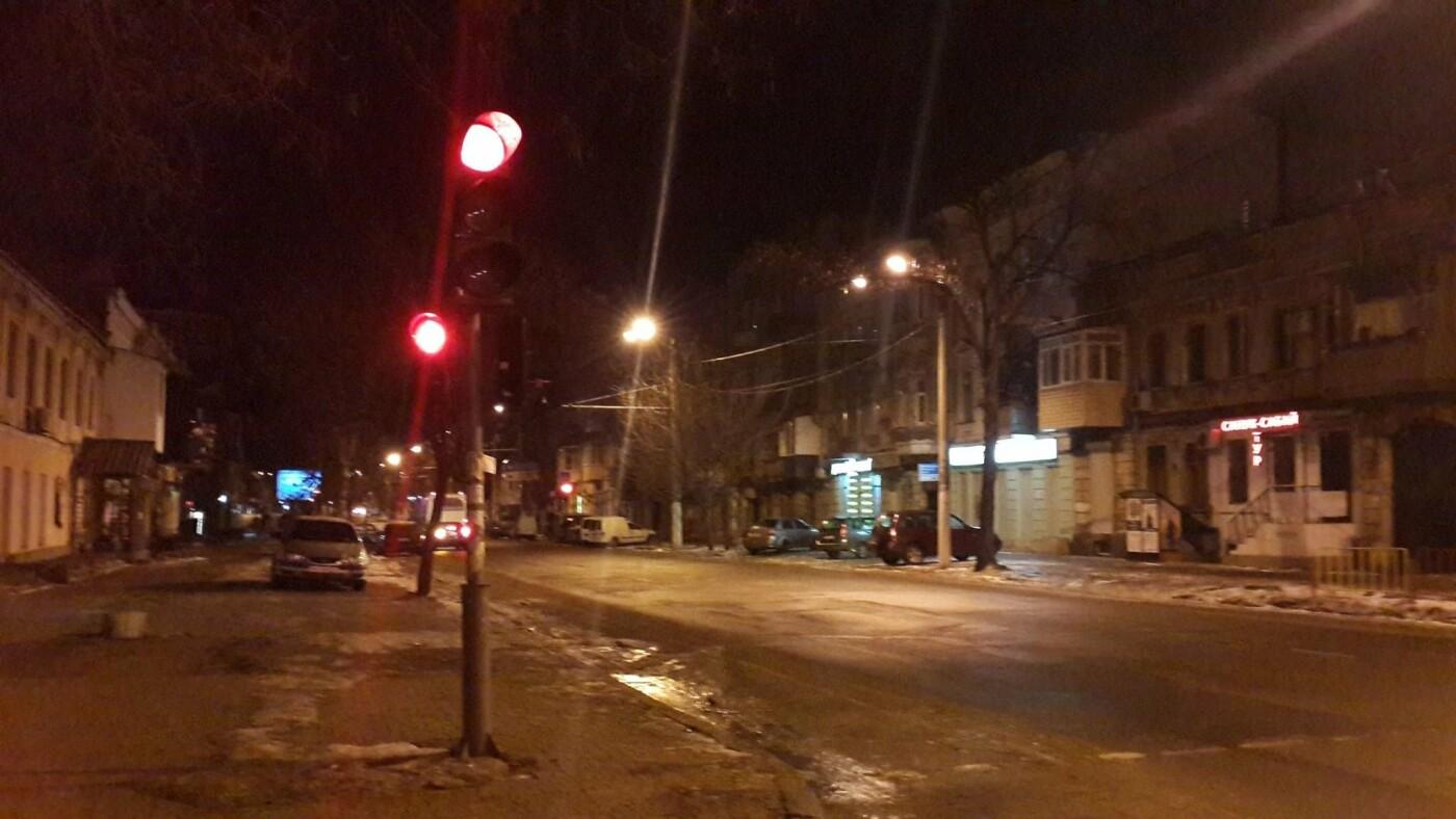 "В Одессе три дня чинили светофор в центре города, - ФОТО, фото-2, Фото: КП ""СМЭП"""