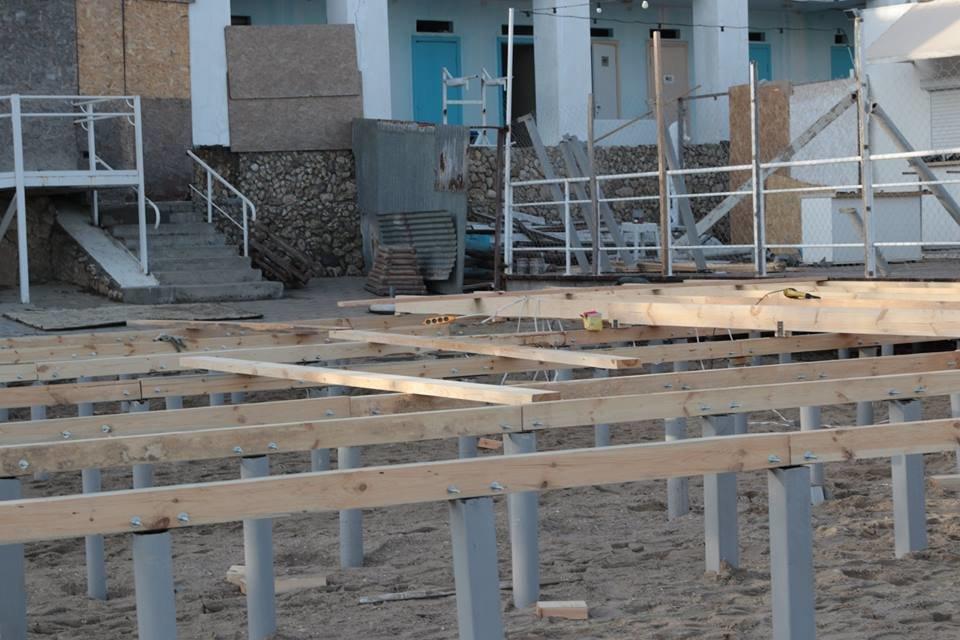 Работники ночного клуба утверждают, что лишить одесситов пляжа разрешила мэрия, - ФОТО, фото-6, Фото: Владислав Балинский