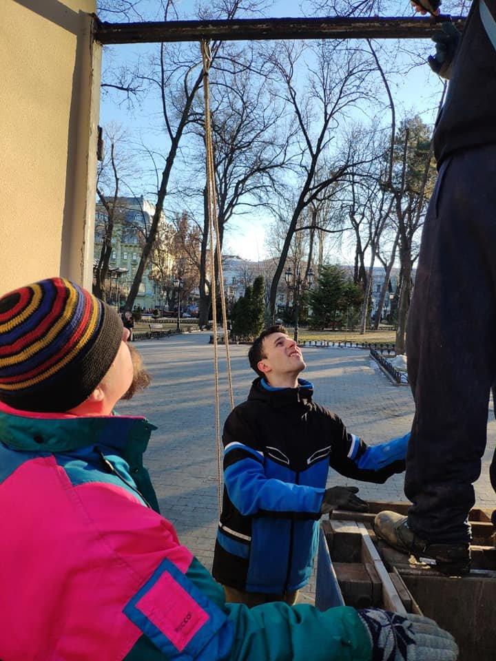 "Одесские активисты ""освежают"" Летний театр, - ФОТО, фото-1, Фото: Юрий Дьяченко"