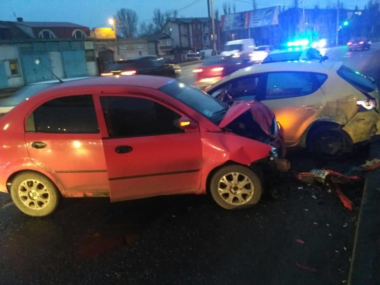 В Одессе на Николаевской дороге произошло ДТП: пострадала женщина, - ФОТО, фото-1