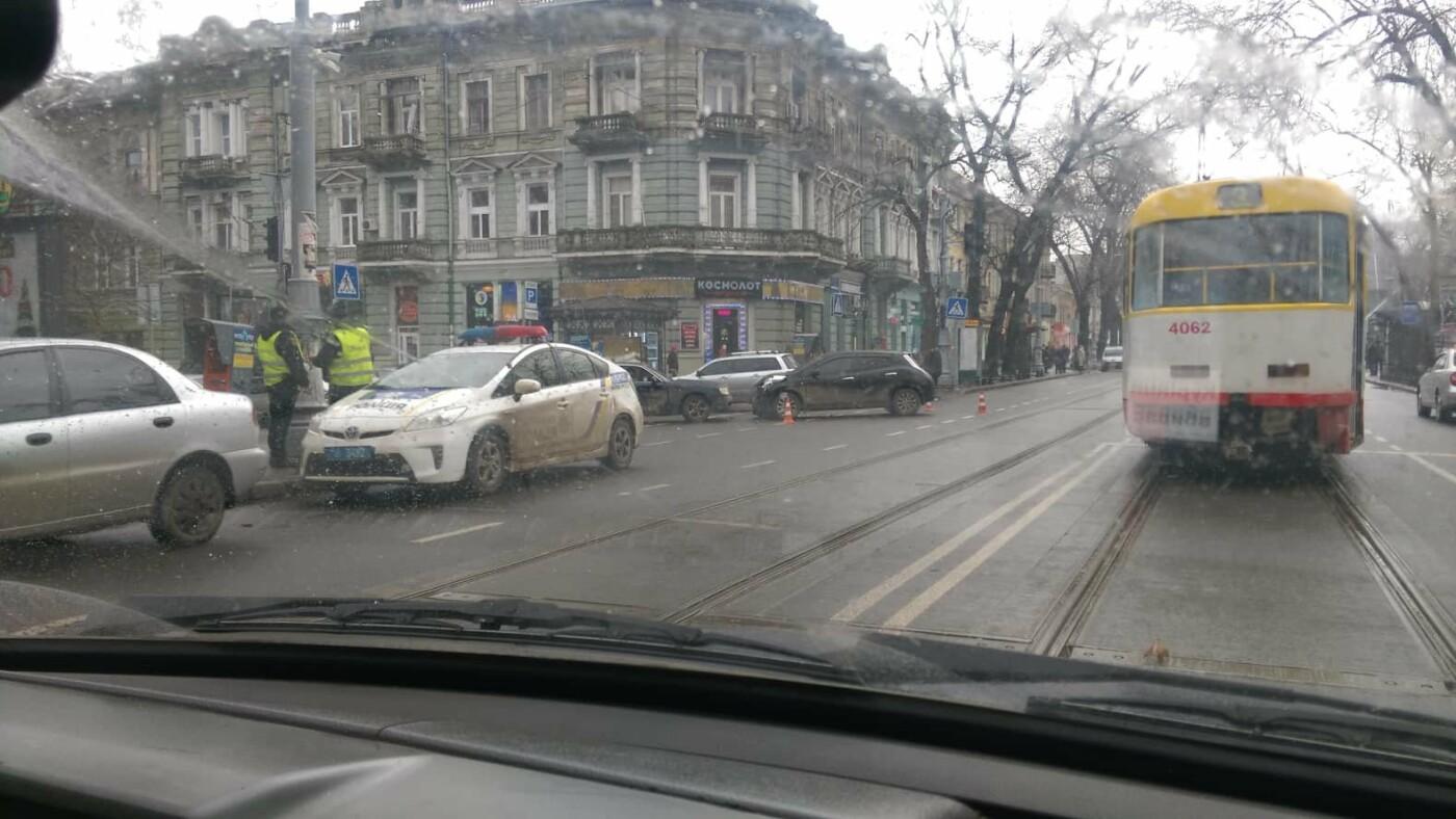 В полиции сообщили подробности утреннего ДТП в Одессе с пострадавшими, - ФОТО, фото-3, Фото: Патрульная полиция