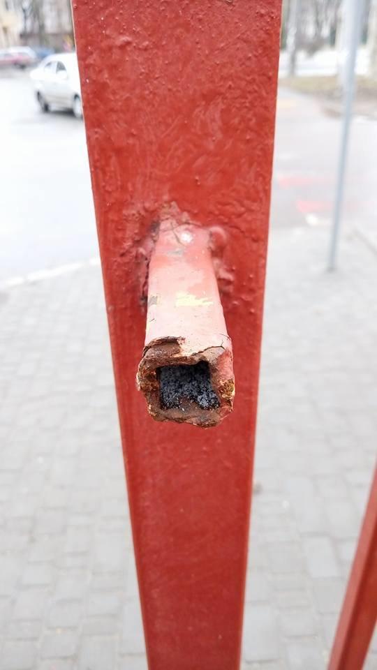 Школа, в которой учился одесский мэр, осталась без куска забора, - ФОТО, фото-3, Фото: Иван Бошку