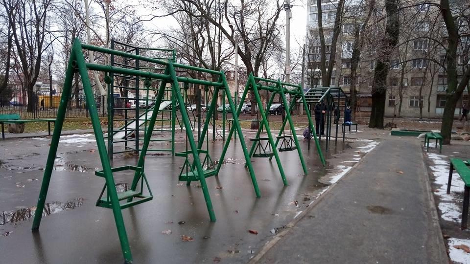 Одессит показал площадку, на которой нельзя гулять детям, - ФОТО, фото-3, Фото: Иван Бошку