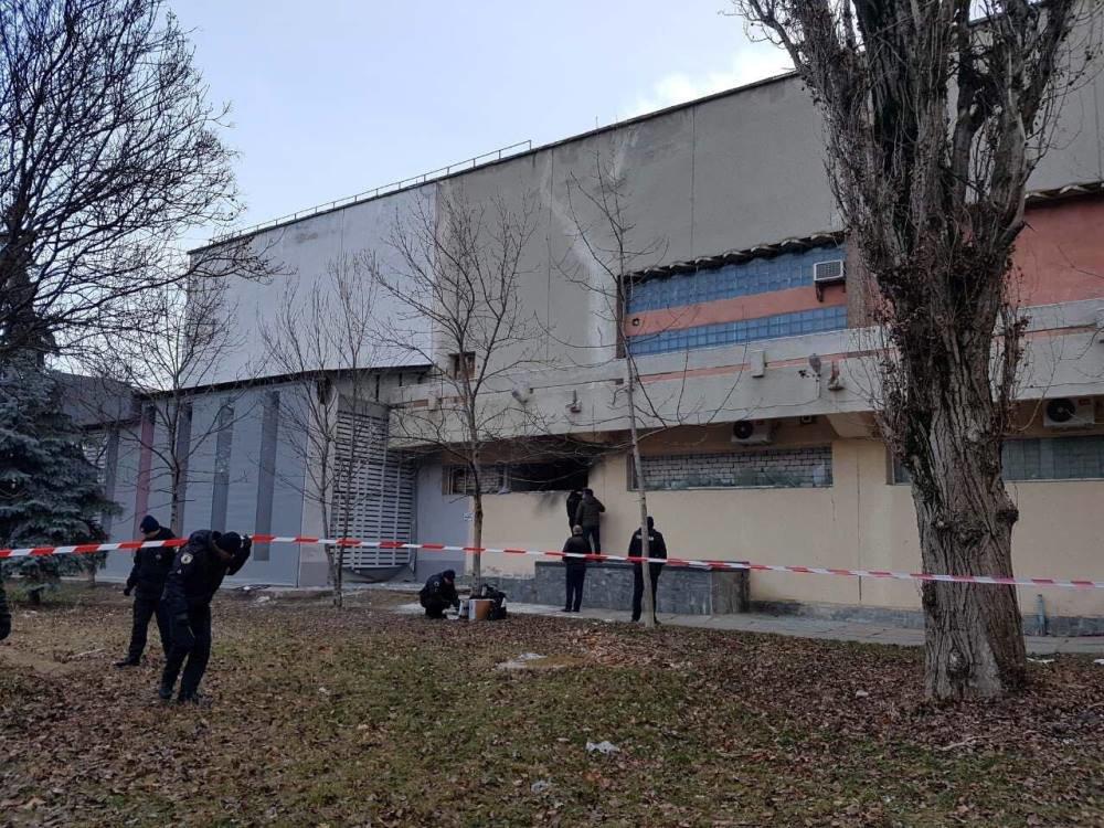 Утренний взрыв в одесском ресторане: неизвестные заложили взрывчатку, - ФОТО, фото-1, Фото: ГСЧС