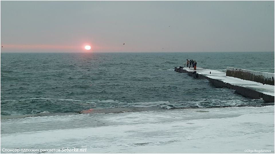 Утром над морем в Одессе взошло малиновое солнце, - ФОТО, фото-3, Фото: Ольга Богданова